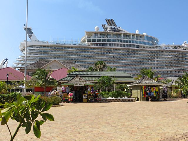 Port_of_Falmouth_and_MS_Oasis_of_the_Seas,_Apr_2014
